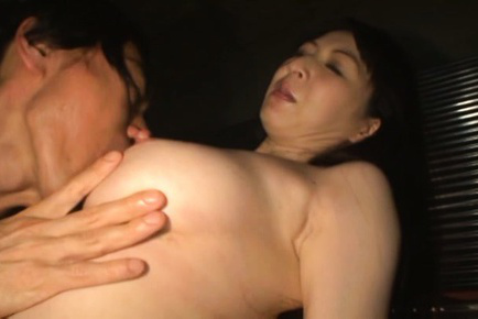 Hitomi oohashi. Hitomi Oohashi Asian has considerable cans nipples sucked and sucks finger
