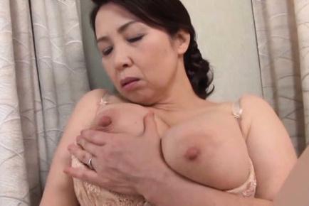 Httpfhg japanesematures com50600yuukokuremachimtr2oba050yuukokuremachikinkyjapanesebustymaturechik2natsmjeymjk6mte6mtc000219869. Yuuko Kuremachi Asian fingers her vagina and licks nipples of cans