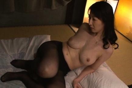 Hitomi oohashi. Hitomi Oohashi Asian has huge tits sucked and gives blowjob