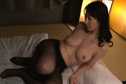 Hitomi oohashi. Hitomi Oohashi Asian has huge tits sucked and