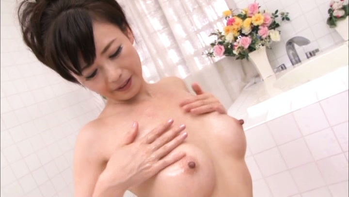 Eriko miura. Eriko Miura Asian fondles cans with oil and has hairy slit rubbed